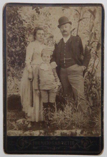 Don Tumà e Rosa Sabini e Giovanni c.1888